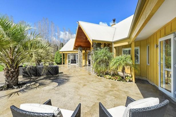 84 Croft Lane, Coatesville, Auckland - NZL (photo 4)