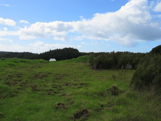 Clements Road, Matapouri, Northland - NZL (photo 2)