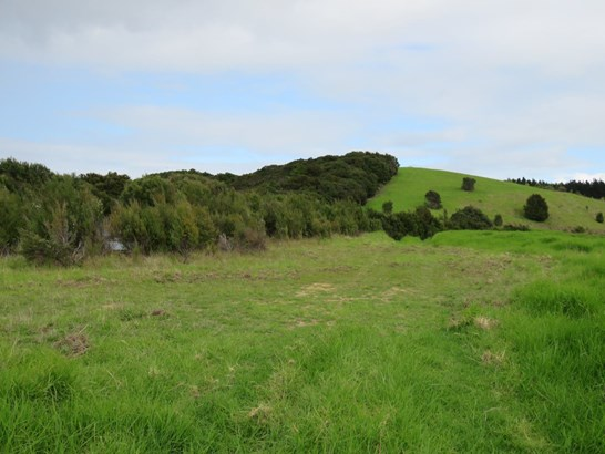 Clements Road, Matapouri, Northland - NZL (photo 4)