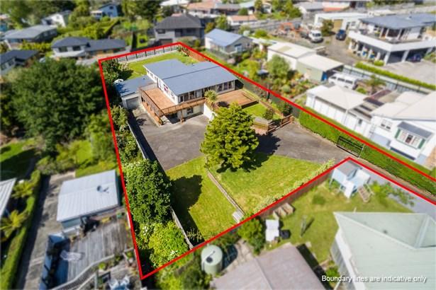 64 Glengarry Road, Glen Eden, Auckland - NZL (photo 5)
