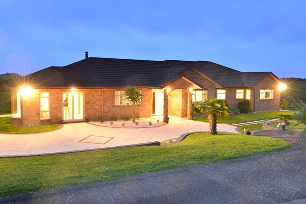 1491 Old North Road, Helensville, Auckland - NZL (photo 1)