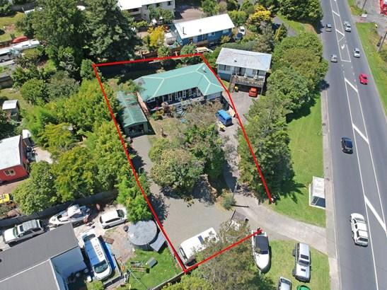616 Whangaparaoa Road, Stanmore Bay, Auckland - NZL (photo 3)