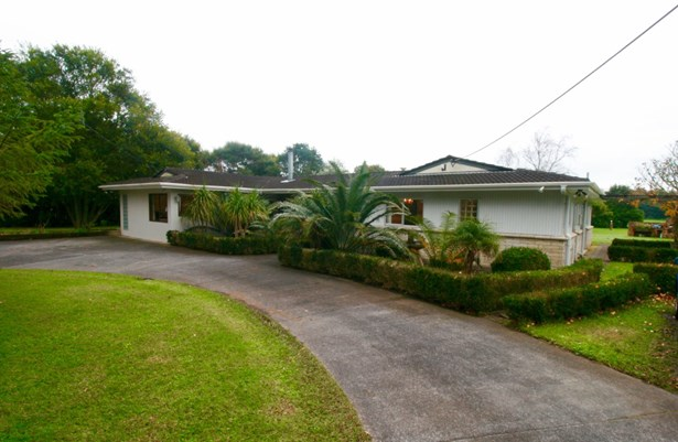101 Old Railway Road, Kumeu, Auckland - NZL (photo 2)