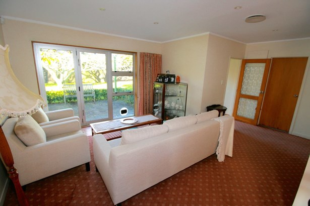 101 Old Railway Road, Kumeu, Auckland - NZL (photo 5)