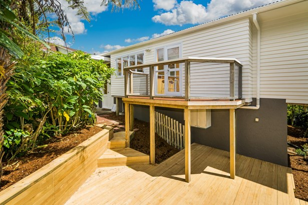 78 Pupuke Road, Hillcrest, Auckland - NZL (photo 4)