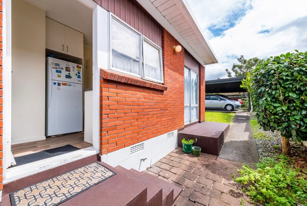 1576b Great North Road, Waterview, Auckland - NZL (photo 3)