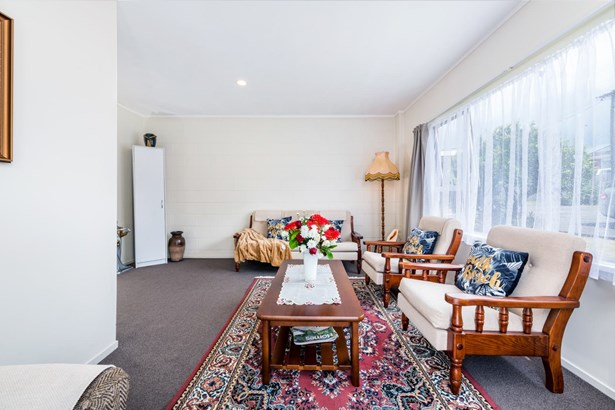 1576b Great North Road, Waterview, Auckland - NZL (photo 5)