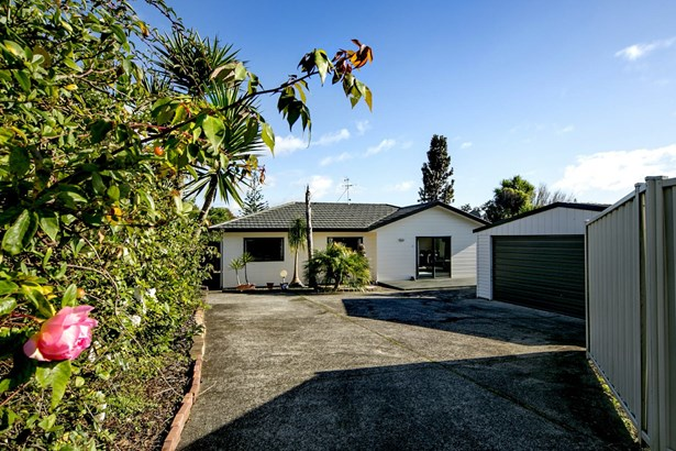 324a Glengarry Road, Glen Eden, Auckland - NZL (photo 2)