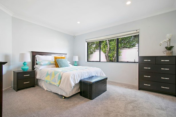 113a Astley Avenue, New Lynn, Auckland - NZL (photo 5)