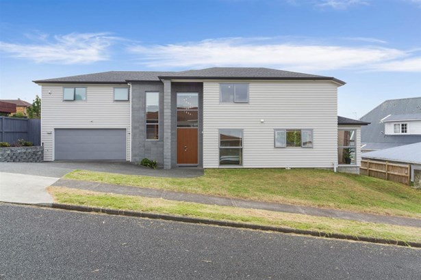 38a Mark Edward Drive, Half Moon Bay, Auckland - NZL (photo 2)