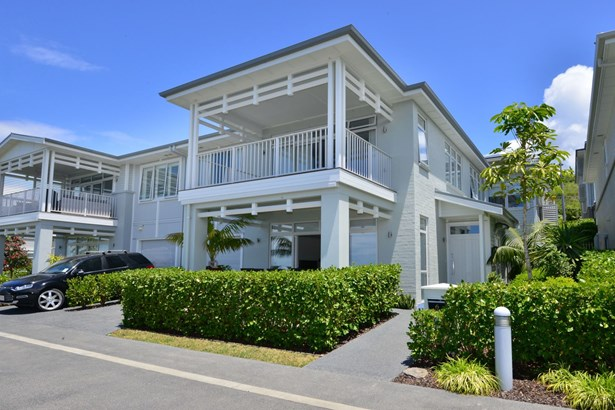6 Sunshine Terrace, Orewa, Auckland - NZL (photo 2)
