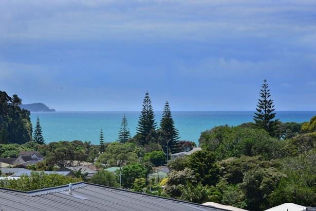 6 Sunshine Terrace, Orewa, Auckland - NZL (photo 4)