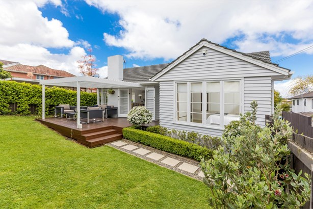 38 Dornwell Road, Three Kings, Auckland - NZL (photo 1)