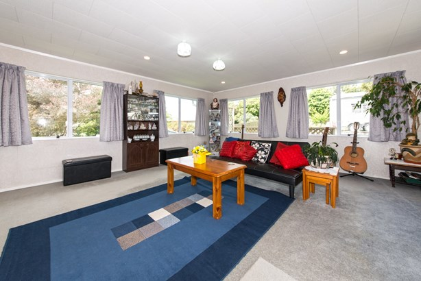 55 Hilling Street, Titirangi, Auckland - NZL (photo 4)
