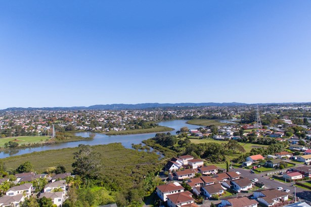 126 Canal Road, Avondale, Auckland - NZL (photo 5)