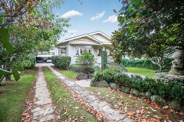10 Acorn Street, Royal Oak, Auckland - NZL (photo 2)