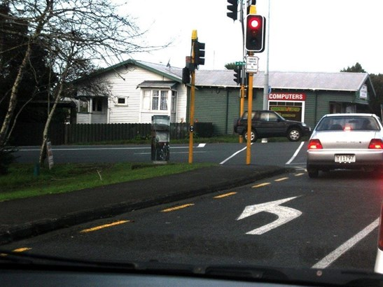 104 Mcleod Road, Te Atatu South, Auckland - NZL (photo 1)