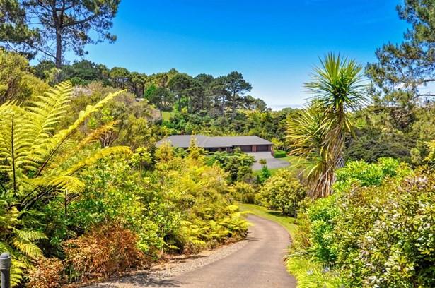 56 Coatesville Heights, Coatesville, Auckland - NZL (photo 3)