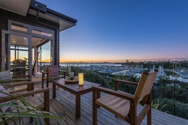 23 Tui Brae, Beachlands, Auckland - NZL (photo 3)