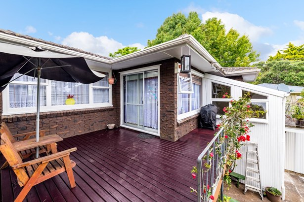 7 Lucknow Place, Blockhouse Bay, Auckland - NZL (photo 4)