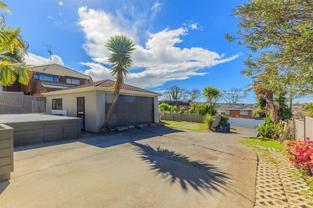 1/36 Quebec Road, Milford, Auckland - NZL (photo 5)