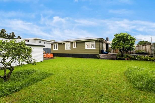 62 Cobham Crescent, Kelston, Auckland - NZL (photo 3)