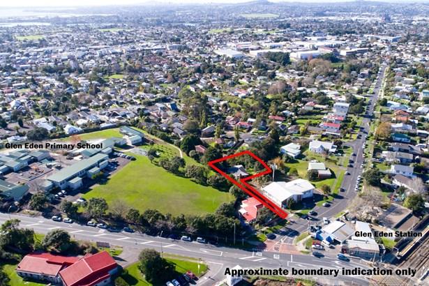4 Clayburn Road, Glen Eden, Auckland - NZL (photo 1)