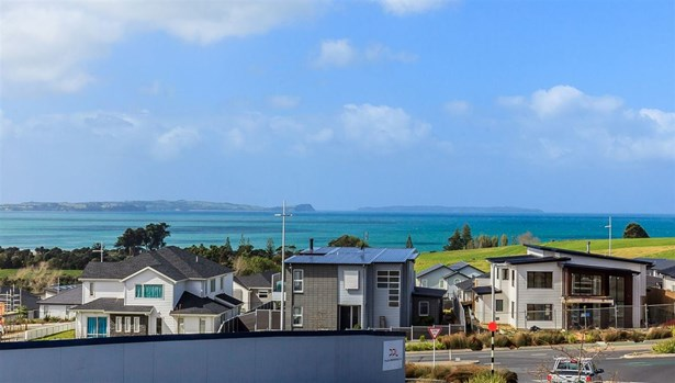 6 Cavalli Road, Long Bay, Auckland - NZL (photo 3)