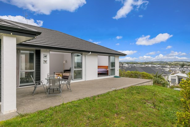 10 Skipjack Pass, Millwater, Auckland - NZL (photo 5)