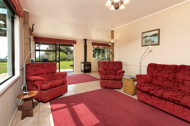 204 Tram Gully Road, Waiuku, Auckland - NZL (photo 3)