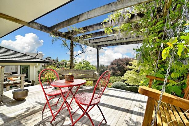 4 San Martin Place, Goodwood Heights, Auckland - NZL (photo 1)