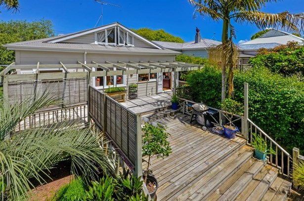 4 St Leonards Road, Devonport, Auckland - NZL (photo 2)