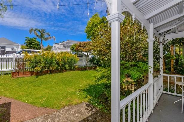 4 St Leonards Road, Devonport, Auckland - NZL (photo 5)