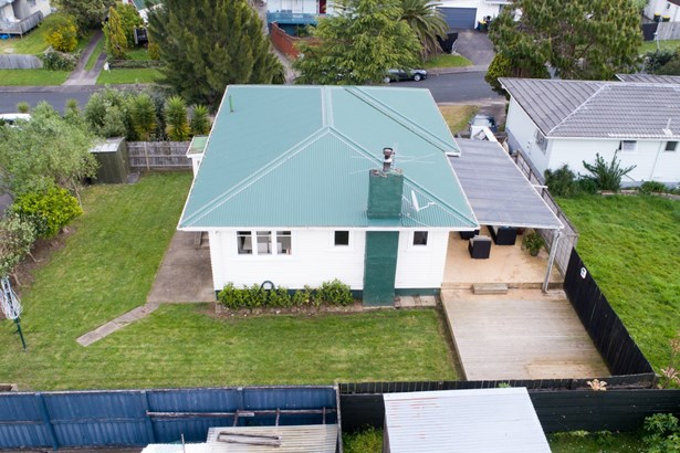 46 Glynnbrooke Street, Te Atatu South, Auckland - NZL (photo 3)