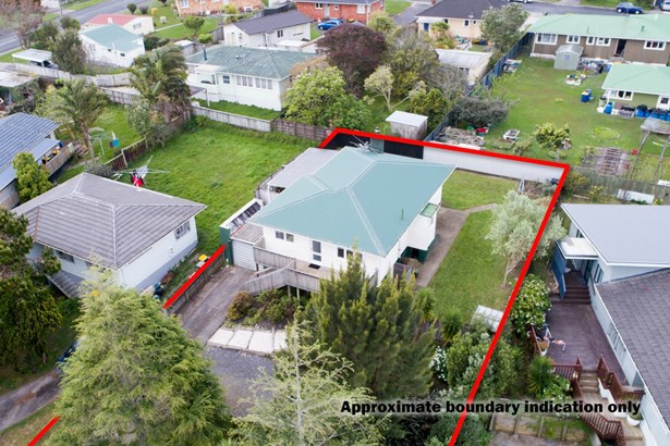 46 Glynnbrooke Street, Te Atatu South, Auckland - NZL (photo 2)