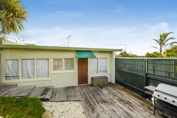 8 / 146 St Johns Road, Meadowbank, Auckland - NZL (photo 2)