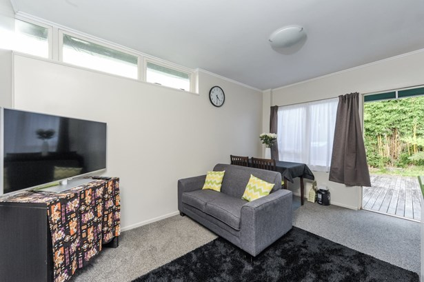 8 / 146 St Johns Road, Meadowbank, Auckland - NZL (photo 5)