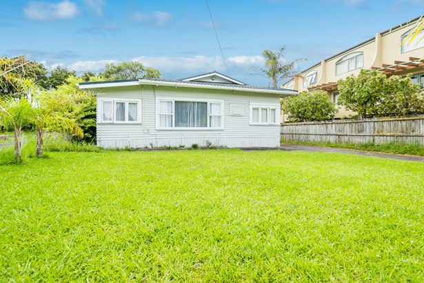 5 Hillcrest Avenue, Hillcrest, Auckland - NZL (photo 3)