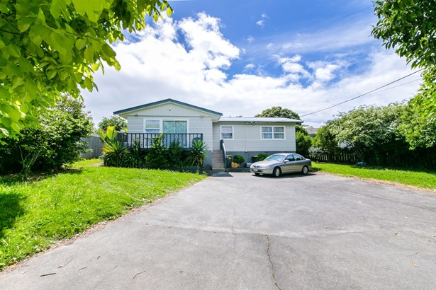 149 Edmonton Road, Te Atatu South, Auckland - NZL (photo 2)