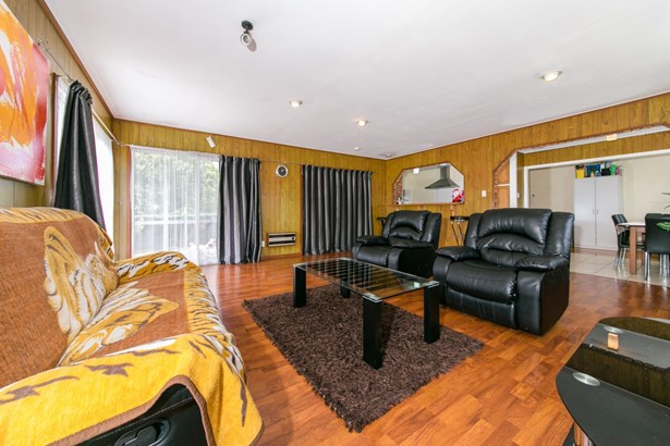 149 Edmonton Road, Te Atatu South, Auckland - NZL (photo 3)