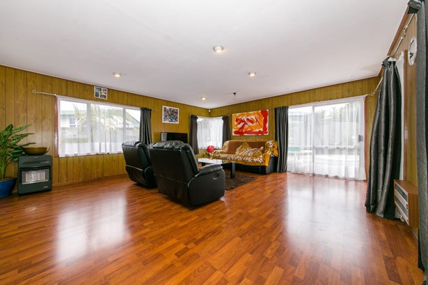 149 Edmonton Road, Te Atatu South, Auckland - NZL (photo 4)