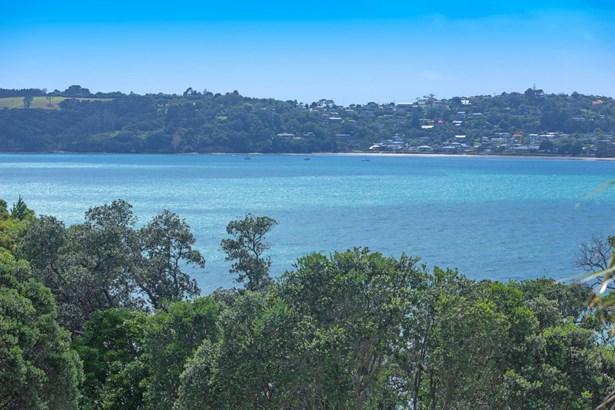 32 Swann Beach Road, Stanmore Bay, Auckland - NZL (photo 2)