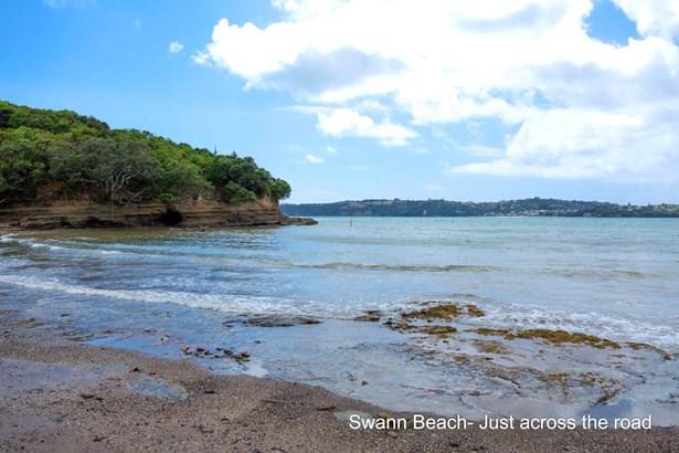 32 Swann Beach Road, Stanmore Bay, Auckland - NZL (photo 5)
