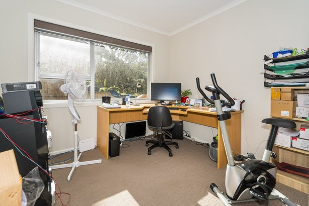 19 Sovereign Place, Glenfield, Auckland - NZL (photo 3)