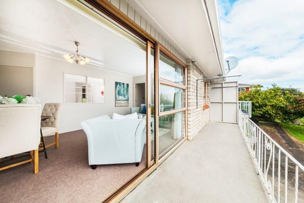 1/68 Sorrel Crescent, Bucklands Beach, Auckland - NZL (photo 4)