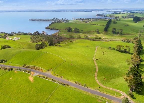 270 & 272 Hatton Road, Matakawau, Auckland - NZL (photo 3)