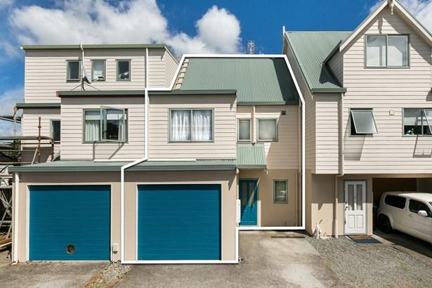 16b Church Street, Onehunga, Auckland - NZL (photo 1)