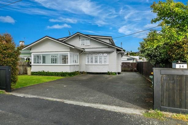 24 Sulphur Beach Road, Northcote Point, Auckland - NZL (photo 1)