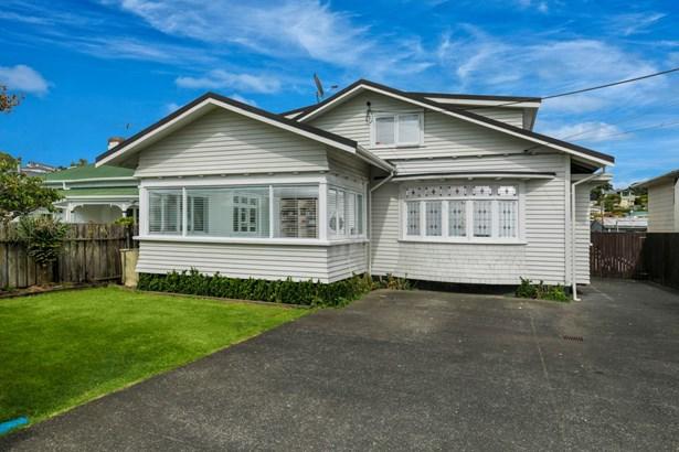 24 Sulphur Beach Road, Northcote Point, Auckland - NZL (photo 2)