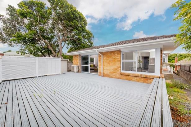 3/156 Selwyn Street, Onehunga, Auckland - NZL (photo 2)